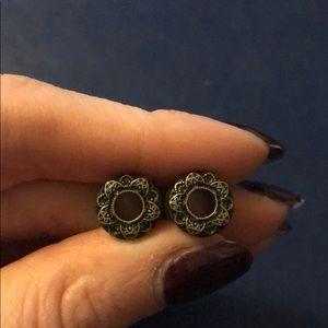 Jewelry - 0 gauge ornate earrings